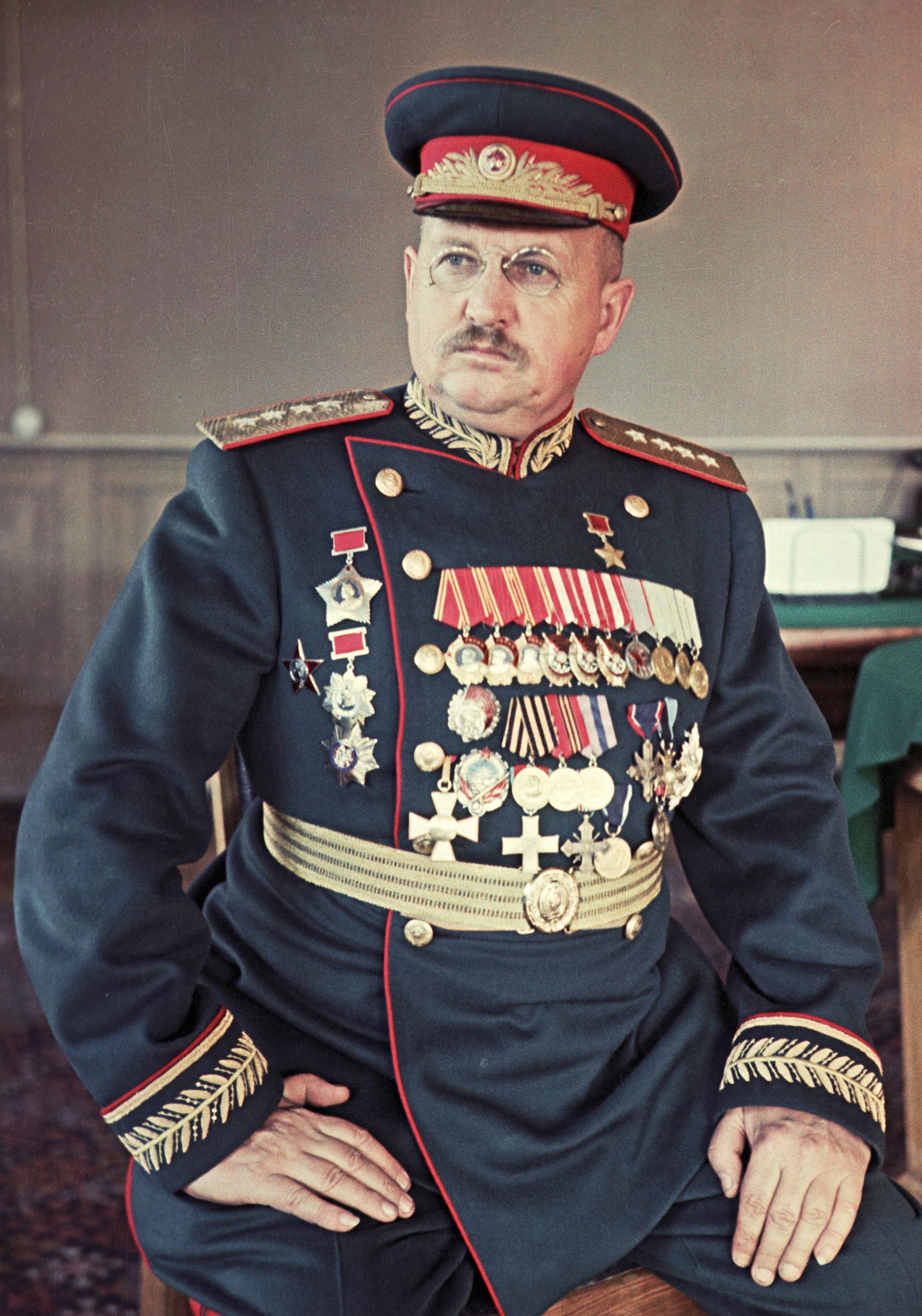 A história dos uniformes militares russos fd95aecafc8